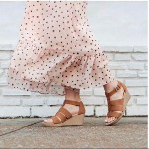 Dr. Scholl's Barton Wedge Sandal 🌼